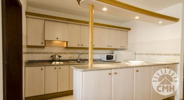 Xloc B - Küche mit Gaskochplatten