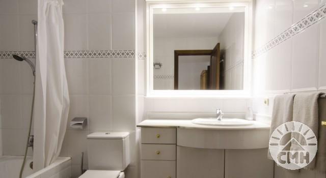 Xloc C - Bath