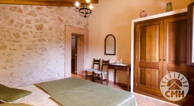 Finca Sa Plana - Bedroom Closet