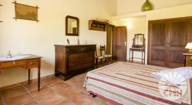 Finca Sa Plana - Master Bedroom Bed Sideboard