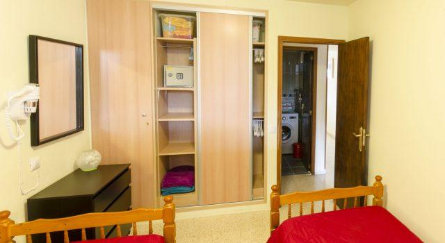 Levante - Bedroom with Closet