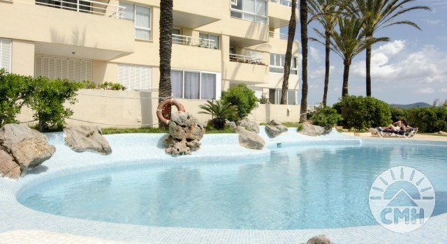 Marina Park 3rd floor - Pool with Lifebelt