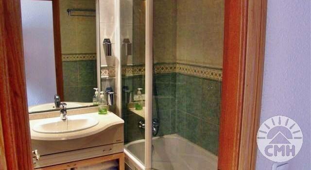 Marina Park - bathroom