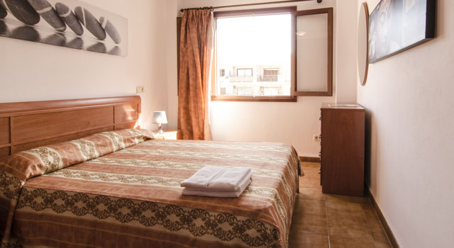 Toni 3 - Bedroom Double Bed