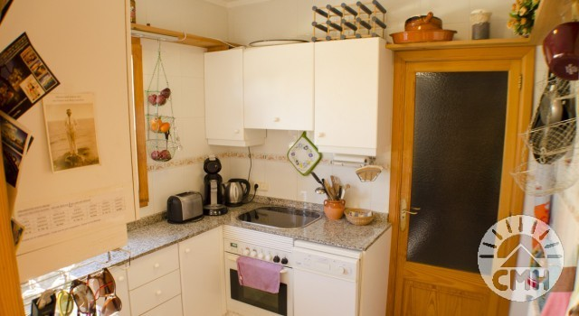 Villa Floriana - Kitchen from Entry
