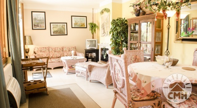 Villa Floriana - Living Room