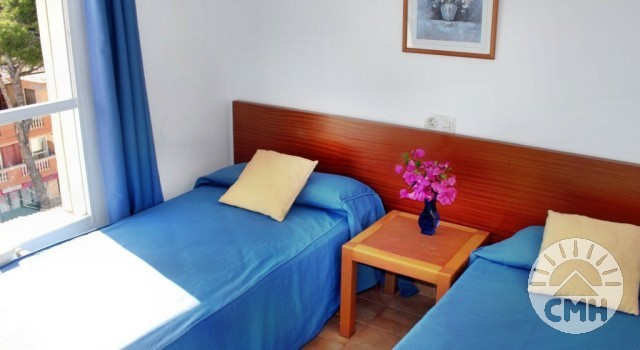 Villa Margarita 2 bedroom - bedroom 1 with single beds and windows